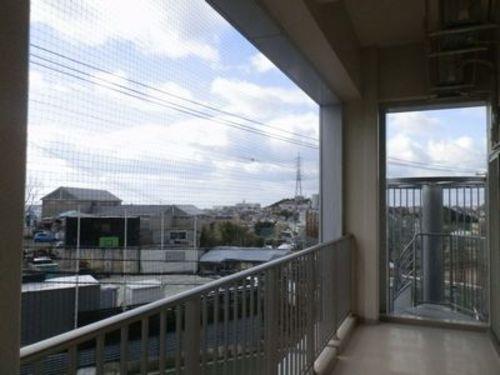 神戸市北区 社会福祉法人 学園寮の鳥害対策 ネット張り