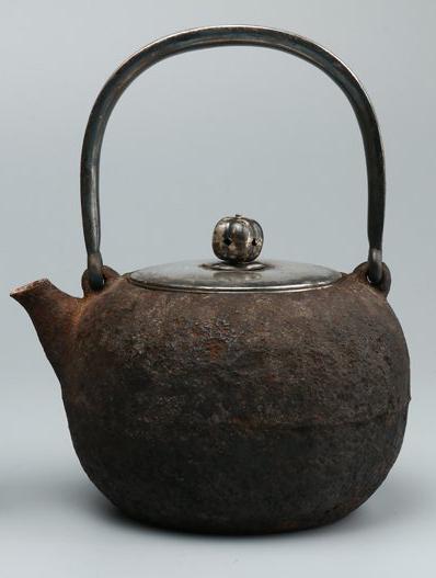 銀蓋 鉄瓶