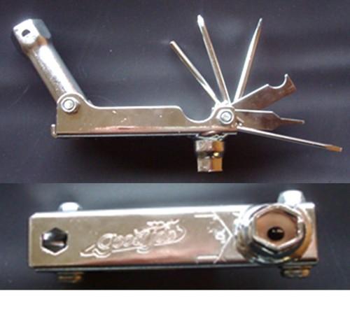 チェンソー、刈払機の工具はこれ一つで「ポケットレンチ」_2