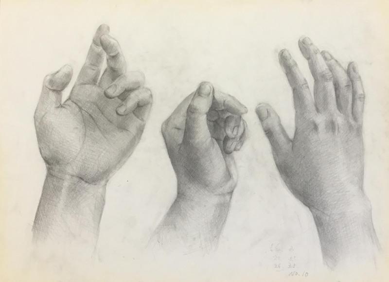 013_鉛筆デッサン 私の手 55×40㎝
