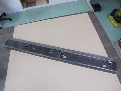 【鞍反りと溶接歪みを同時に修正】ベンダー機曲げ・厚板の長尺フレーム