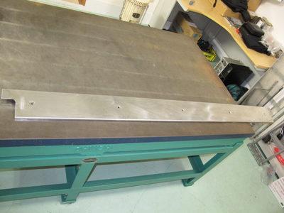 【薄板のステンレスをファイバーレーザーで溶接組立】バリアフリー用建設資材