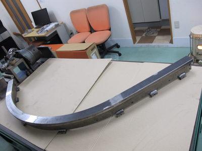 【厚板の大きなR曲げ・ロール成形】マテハン向け・自動搬送台車用コーナーレール