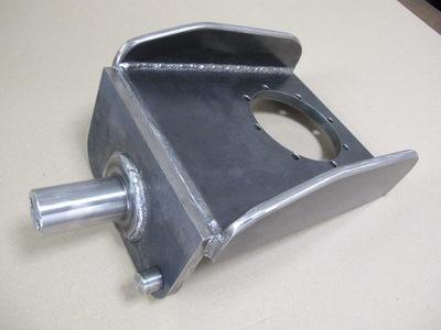 【部品点数が多い中厚板の溶接組立品】産業機械向けの油圧モーターブラケット