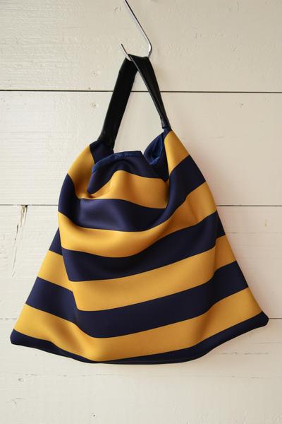 【Ampersand (バッグ・財布)】ネオプレーン トートバッグ