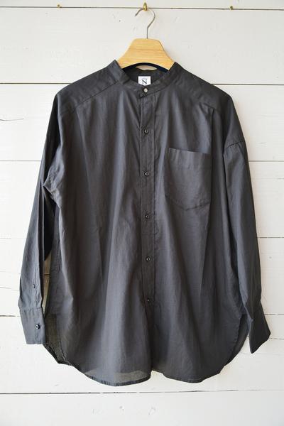 【RNA (トップス、ボトムス)】コットンキャンブリックバンドカラーシャツ